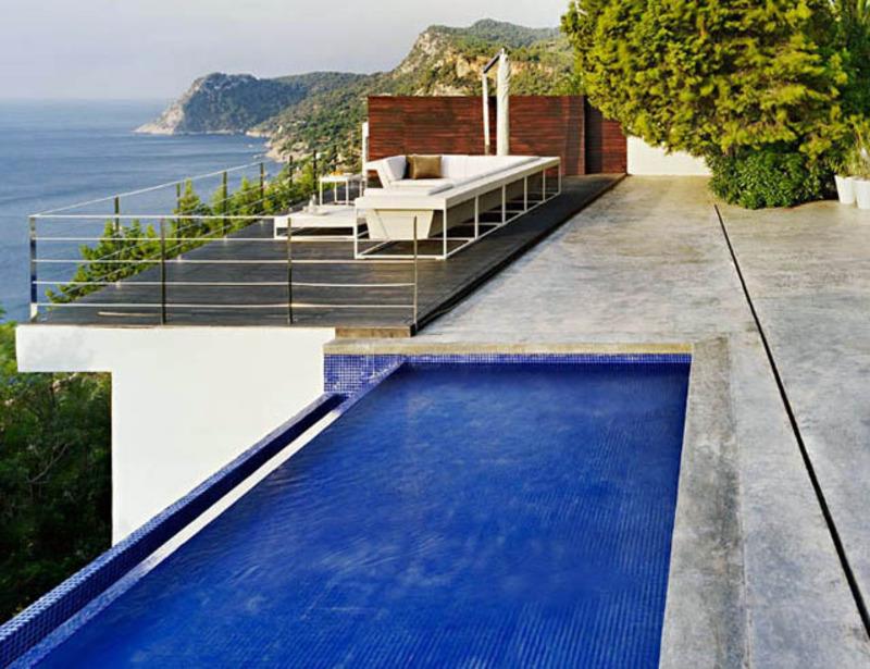 Relaxing Rooftop Pools Ideas – homeinterioro